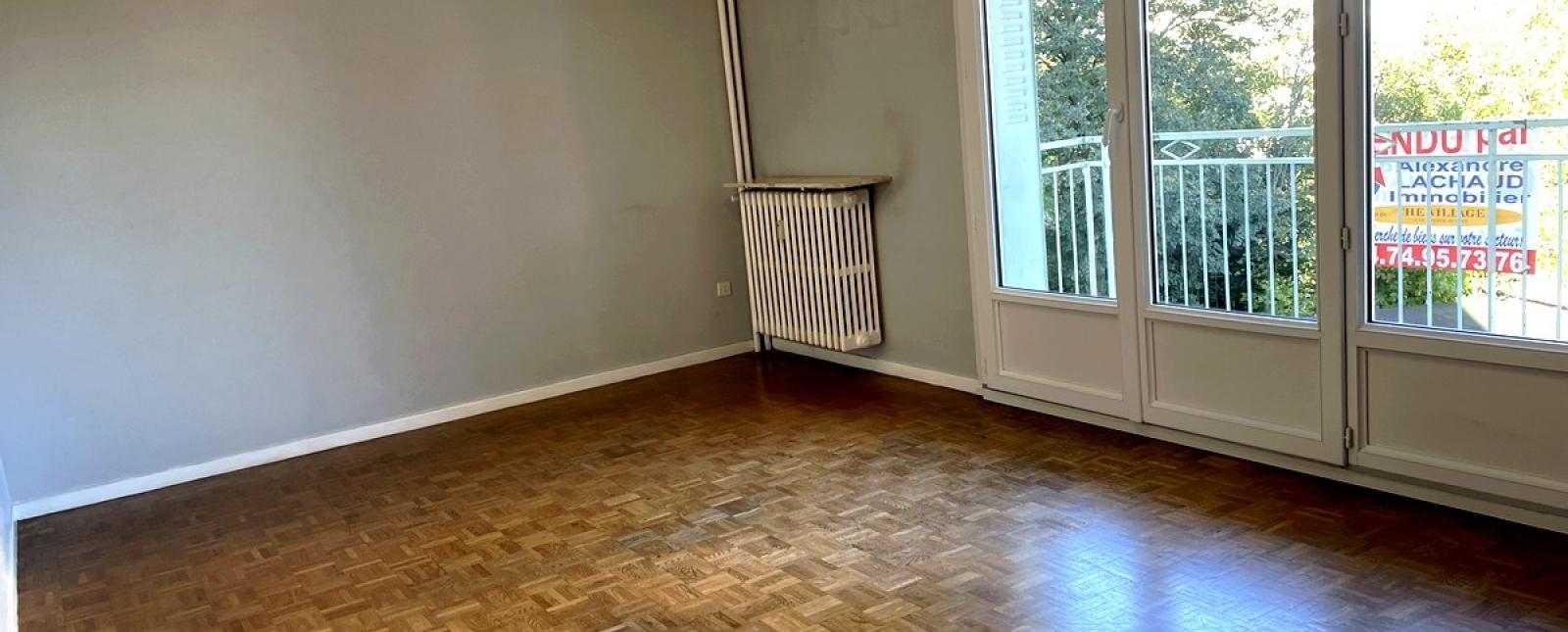 Maison / Villa 92, Villefontaine